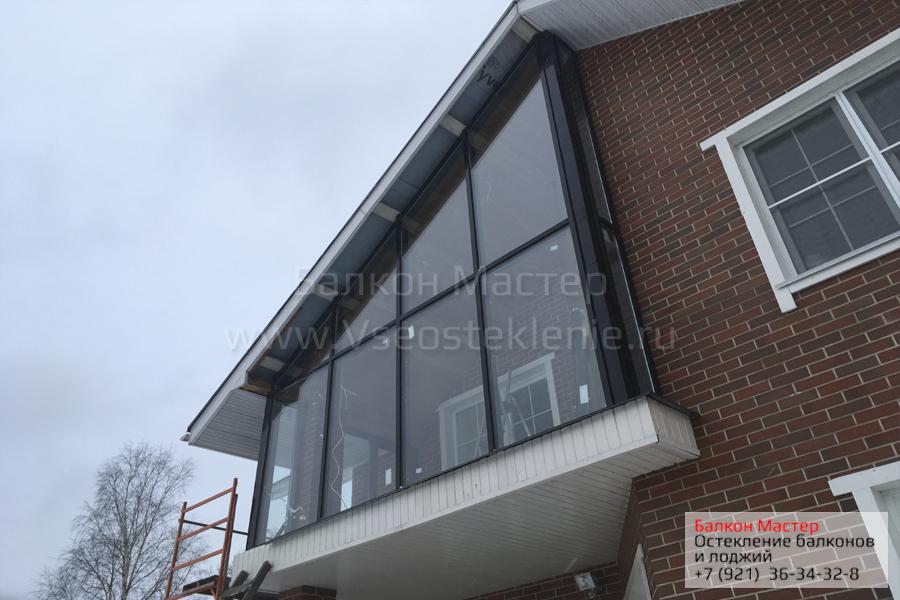 Остекленение балкона коттеджа фото второй этаж